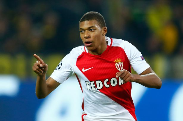 Photo of Arsenal Mbappe'ye Para Saçıyor