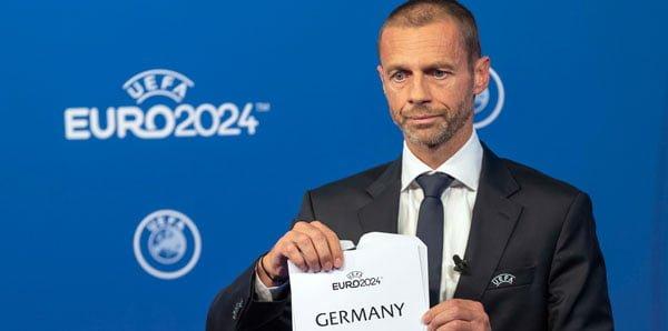 UEFA'dan Demirören'e ret!
