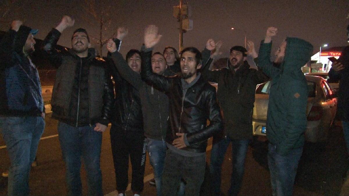 Photo of Ümraniye'ye elenen Fenerbahçe'ye taraftarlarından protesto! 'Aleme rezil ettiniz'