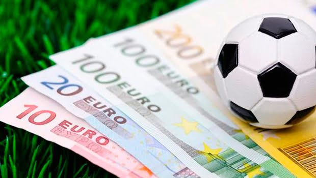 Photo of Finansal tablolar açıklandı… Üç büyüklerden yalnızca Galatasaray…