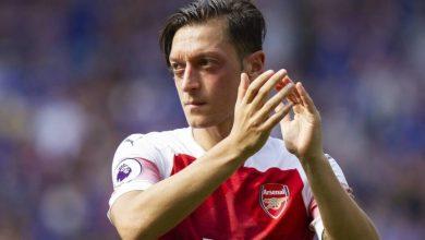 Photo of Dünya Mesut Özil'in hareketini konuşuyor!
