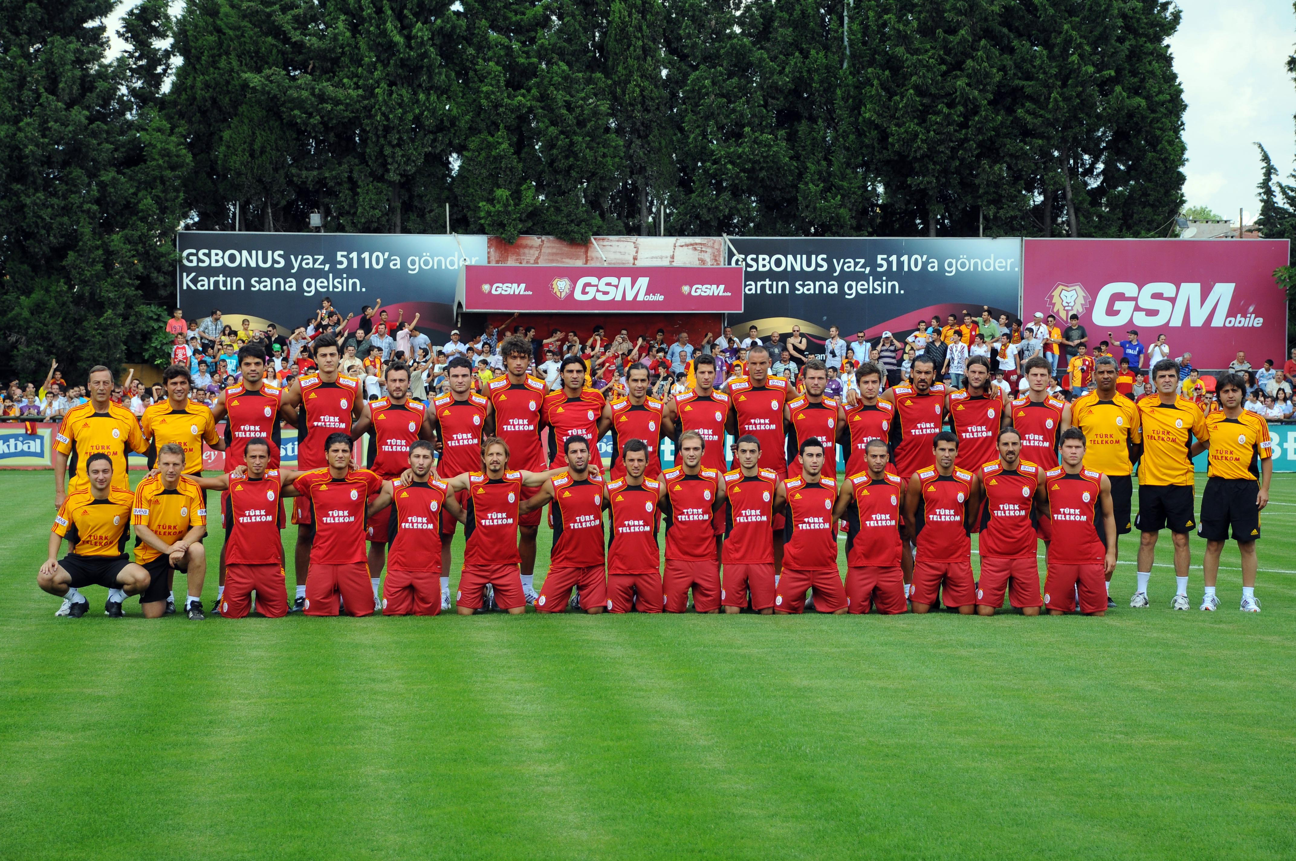 Galatasaray Futbol Tak  M    2010 2011 Sezonu Haz  Rl  Klar  Na