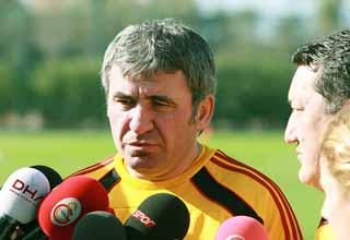 Photo of Hagi; Kazım'ı ben istedim, kalitesine güveniyorum