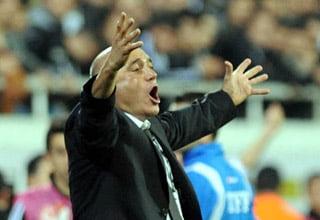 Photo of Hikmet Karaman; Hafta sonu bizim için zor geçecek / Spor Haberleri