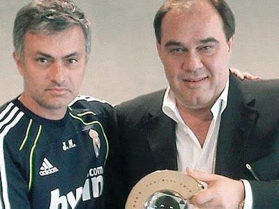Photo of Beşiktaş Başkanı Demirören Şimdi de Jose Mourinho ile Görüştü !